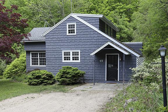 Ashpohtag Cottage